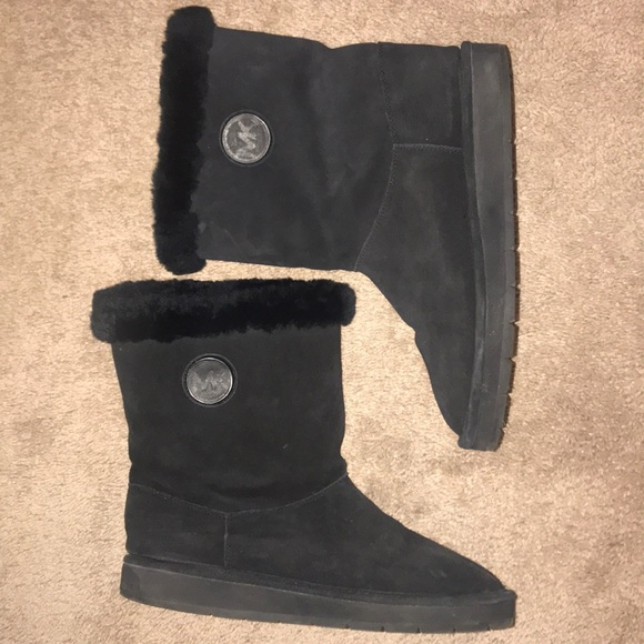 16d154a4a48f4 Michael Kors AK14G Women Black Winter Boots. M 5bf61732df03076fe3f31e9a
